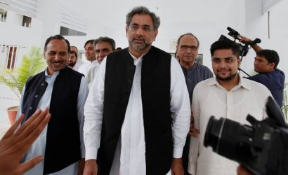 Shahid Khaqan Abbasi Pakistan has developed short-range nuclear weapons to counter India: PM Abbasi issues threat