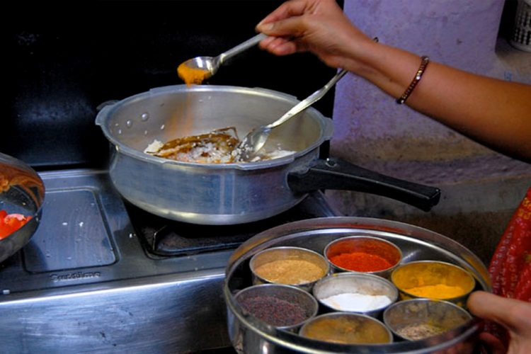 Caste Discrimination: Pune Scientist Files Police Complaint After She Found Out That Her Cook Is Not A Brahmin