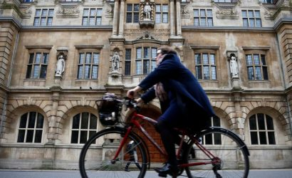 Oxford to become first UK city to ban petrol and diesel cars from centre